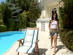 Sunbathing Beauty Izabella De Cruz Gets Drilled Outdoors