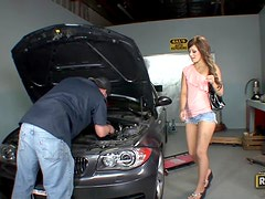 Flexible Freak Wants Her Oil Changed