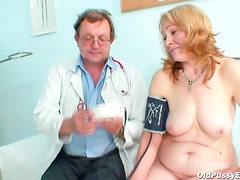 Mature lets doctor look at her