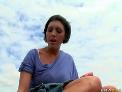 Brunette MILF Dylan Ryder Gets Laid in the Everglades