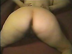 40-15- PRETTY BIGBUTT - ASS MEXICAN WIFE
