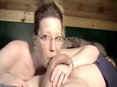 Wild mature wife sucking the cock
