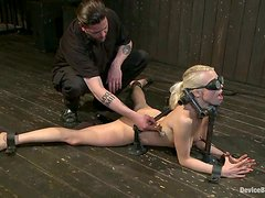Lorelei Lee gets chained and tormented and enjoys it