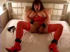 British whore plays for a client