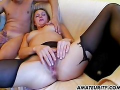 Amateur girlfriend gets toyed and fucked