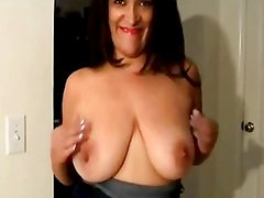 Hairy mature big clit triller