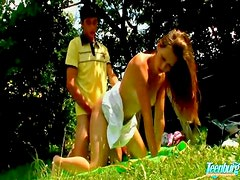 Outdoor teenage sex with cumshot