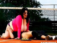 Extra large brunette dominates and facesits