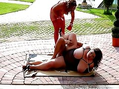 BBW boxers fucking a referee outdoors