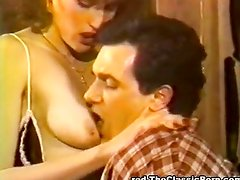 Passionate oral and a nice vintage cumshot