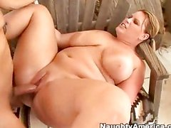 Super girl would lick the pussy day and night