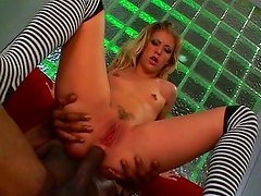 Leah Luv squirting on big dick