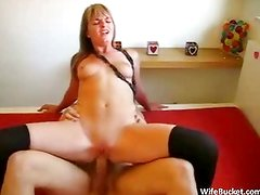 Super fit amateur wife loves fucking
