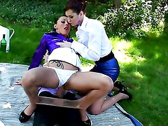 BLOUSED AND DOUSED IN THE PARK / KATE GOLD, TERRA SWEET