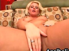 Summer Storm the big booty milf enjoys