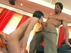 Muscled mature fucker Tommy Gun and his turned on pussy