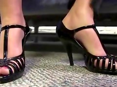 Bizarre footjob done interracially with a blondes feet