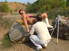 Bitchie whore Simona repays for cunnilingus with a solid blowjob on the log