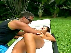 Well-tanned Latina girlie Nandi seduces this pretty fellow Tony Tigrao to have sex