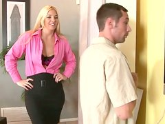Cougar Jordan Kingsley seduces the guy and gives him a head