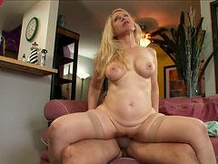 Full bodied mom sucks cock deepthroat and rides the stick like crazy