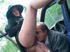 Dirty whore with hairy pussy gets laid in the car
