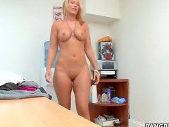 Meet and fuck the blonde