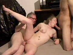 Blonde skank Mitchell takes part in hot MMF threesome