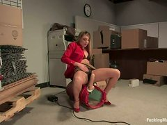 Blonde Lexi Love Enjoys Getting Fucked by Machine in Both Fuckholes