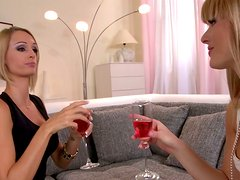 Girlie chit chat turns into awesome threesome with two blonde babes