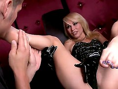 Blonde Monique Alexander had her vagina slammed