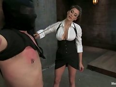 Orlando enjoys being tortured by sexy Princess Donna Dolore