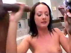 Hot chick loves double penetration