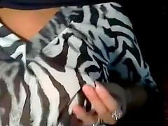 arabian hijab beauty shows herself on livecam