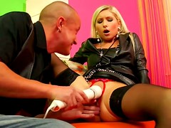 Tasty looking blond doxy gets her dirty pussy tickled with vibrator