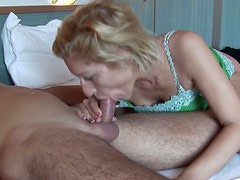 Filthy mature woman is cravin for tasty cream right after the breakfast