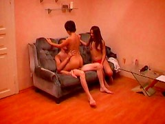 Amateur babes are filming a threesome