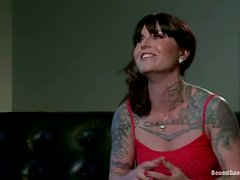 Tattooed Vivienne Del Rio gets bounded and gangbanged