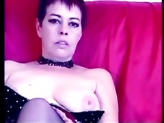 Sexy Mature Lady Masturbating on her couch