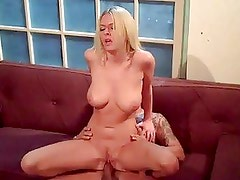 Horny Blonde Riley Evans Loves T...