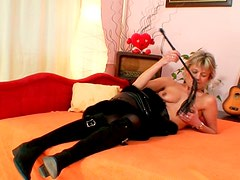 Fraught milf Sarka shows off her juicy stretched pussy