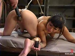 DragonLily and Jade Marxxx get tied up and pounded