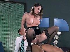 Examine the oral sex with Jennifer Dark and Keni Styles. This big boobed hottie stays in