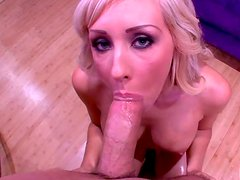 Alluring blond fairy Jessica Lynn gives thorough blowjob to massive dick