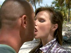 Lustful Tarra White rides a dick an gets a mouthful outdoors