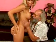 Horn made blond MILF pleases kinky dad on wheelbarrow with blowjob
