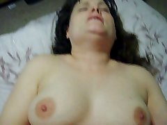 Amateur Wife Orgasms During Sex