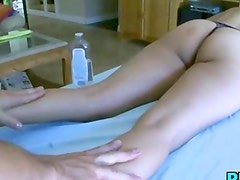 Sexy slut fucks in the bathtub