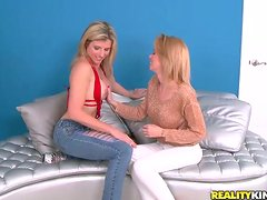 Joining Two Pussy Licking Blonde MILFs for FFM Threesome