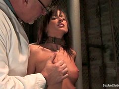 Stunning Cecilia Vega gets punished by a doctor